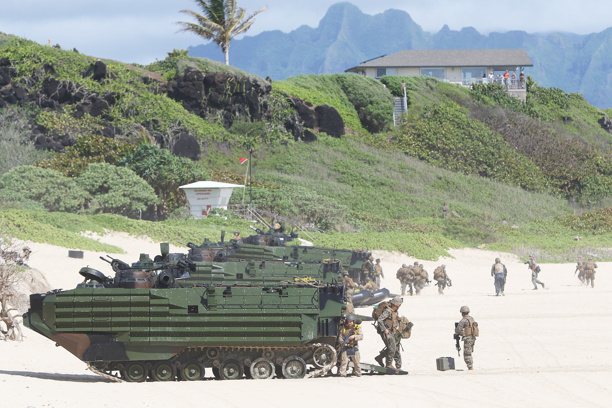 <p>The Provisional Marine Expeditionary Brigade-Hawaii wasmade up primarily of III Marine Expeditionary Force units based inHawaii.</p>