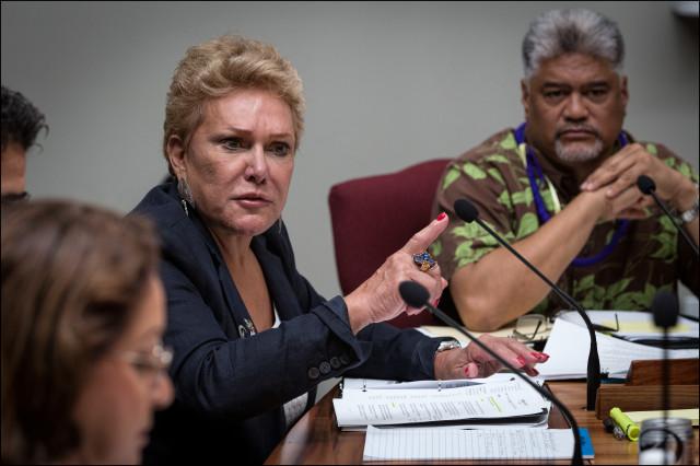 OHA Trustee Rowena Akana at May 2014 board meeting.