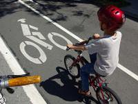 Why I Ride a Bike in Honolulu — and Why You Should Too