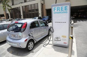 Cash Infusion Energizes Hawaii Electric-Car Charging Company