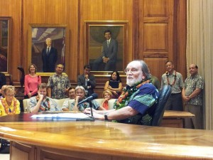 Bill Signing A Big Moment For Hawaii Startups