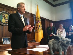 New Mayor Takes Office, Preps for Trip to D.C.