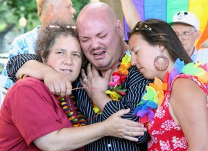 NY Gay Marriage Won't Affect Hawaii … Yet