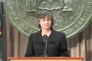 Hawaii Gov. Lingle Vetoes Civil Unions Bill