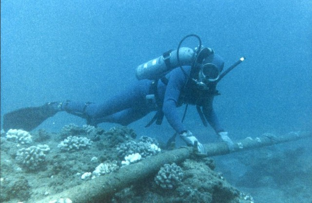 Hawaii's Internet Relies On Increasingly Tenuous Undersea Cables