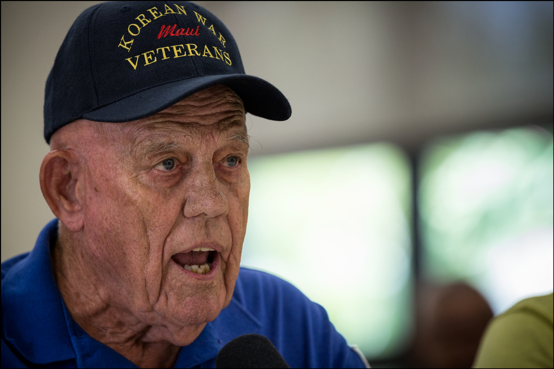 Korean War veteran Fred Ruge, from the Maui Veteran's Council, testifies at the hearing at the Oahu Veterans Center. Veterans present complained about the reams of bureaucracy that can prevent them from obtaining timely access to health care and other services.
