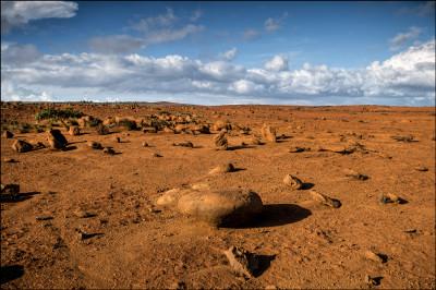 A scene which looks like Mars in the Kaneloa area plateau of Kahoolawe where hardpan is the norm. 9.29.14
