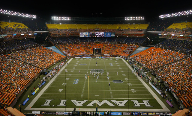 Aloha Stadium. UH Football vs. UNLV. . 22 nov 2014 ALOHA STADIUM, HONOLULU, HAWAII. photo CORY LUM/ CIVIL BEAT