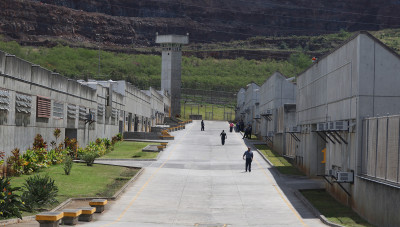 ACLU: Hawaii Needs Fewer People In Prison, More Treatment Programs