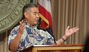 Ige: No Plans to Use National Guard to Reopen Mauna Kea Road