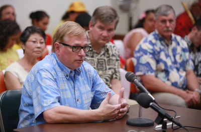 UH Hilo Chancellor Donald Straney address DLNR board during meeting held at the Kalanimoku Building. 10 july 2015. photograph by Cory Lum/Civil Beat