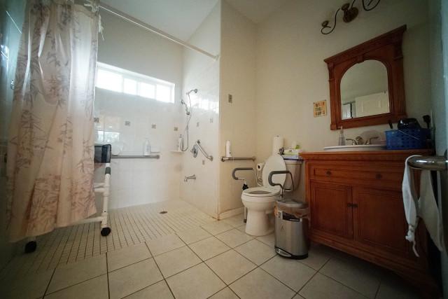 Hokulaki Senior Living LLC shower / restroom. care home elderly. 14 aug 2015. photograph Cory Lum/Civil Beat