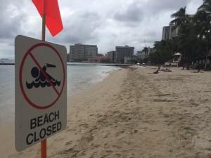 Massive Honolulu Sewer Spill Shuts Down Waikiki Beach