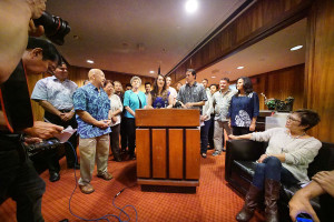 State, County Lawmakers Want to Explore Public Utility Option for Hawaii
