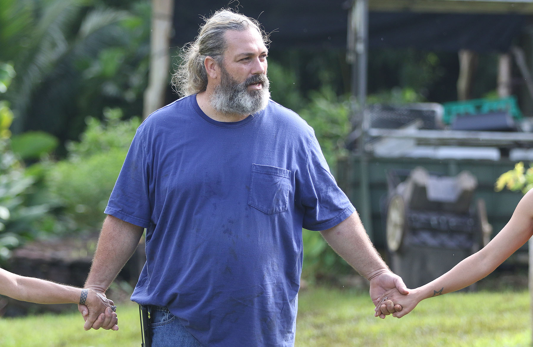 <p>Nature park caretaker Casey Jackson talks about the important cultural meanings of place and connections to ancestors. Jackson also asks each of the visitors to share information about ancestors of their own.</p>