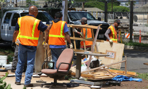 City Sweeps Another Stretch of Kakaako Homeless Encampment
