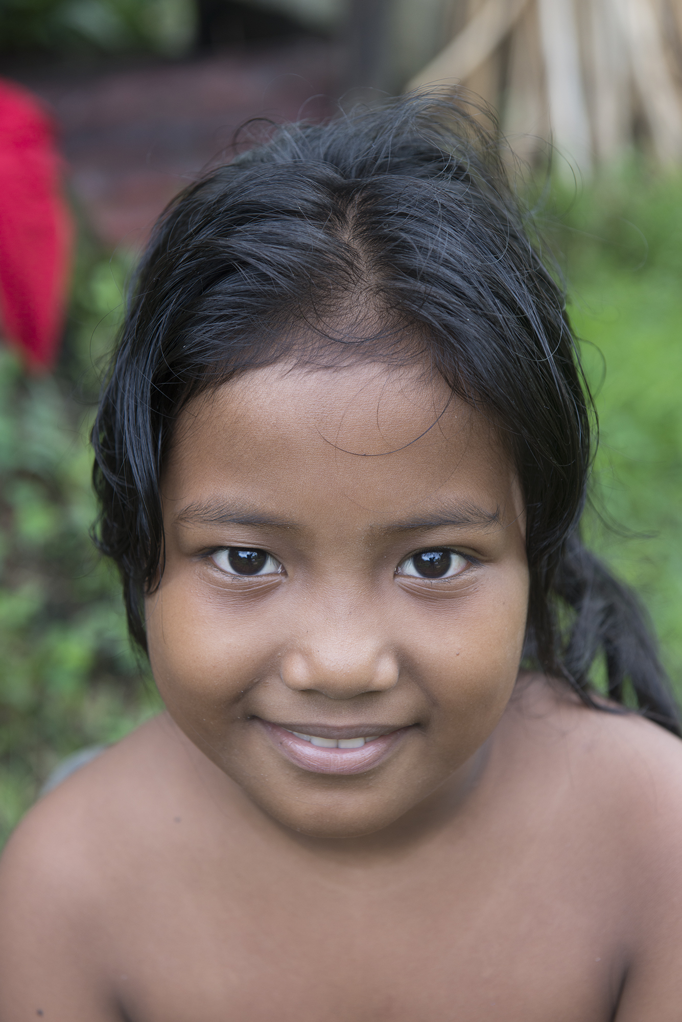 <p>This girl's family is from Chuuk. Her family patriarch, Sam Saul, moved to Pohnpei as a young man after a storm devastated his home island.</p>