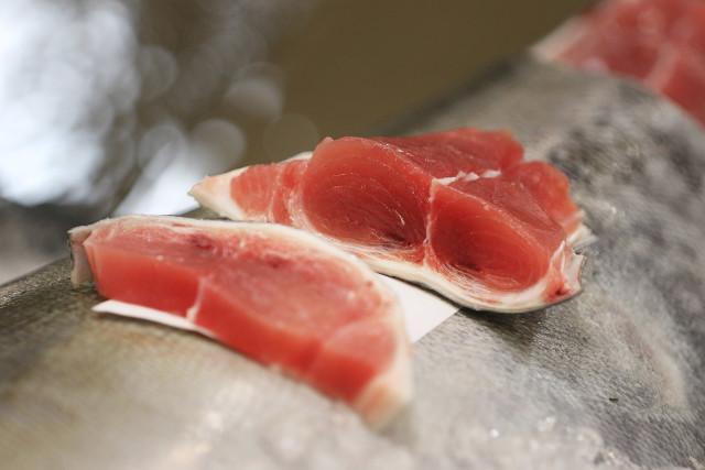 Honolulu Fish Auction Tuna fish meat closeup. 14 dec 2015. photograph Cory Lum/Civil Beat