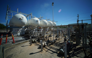New York Firm To Buy Hawaii Gas