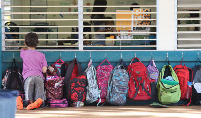 Waialae Elementary school backpacks Hawaii Honolulu education. 1 feb 2016. photograph Cory Lum/Civil Beat
