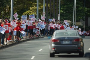 Hawaii Teachers Kick Off 'Do-Or-Die' Campaign For Education Reform