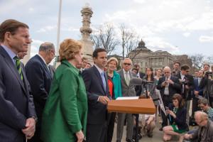 Schatz To GOP: 'Do Your Job'