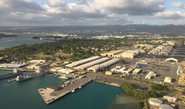 Approach to HNL view of Joint Base Hickam Pearl Harbor.