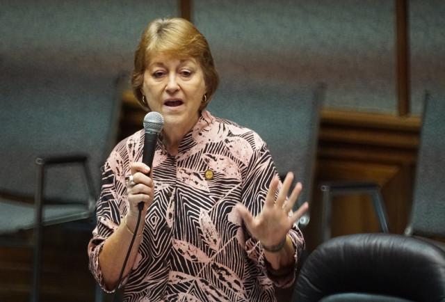 Senator Rosalyn Baker rises in support of veto in special session at the Legislature. 20 july 2016