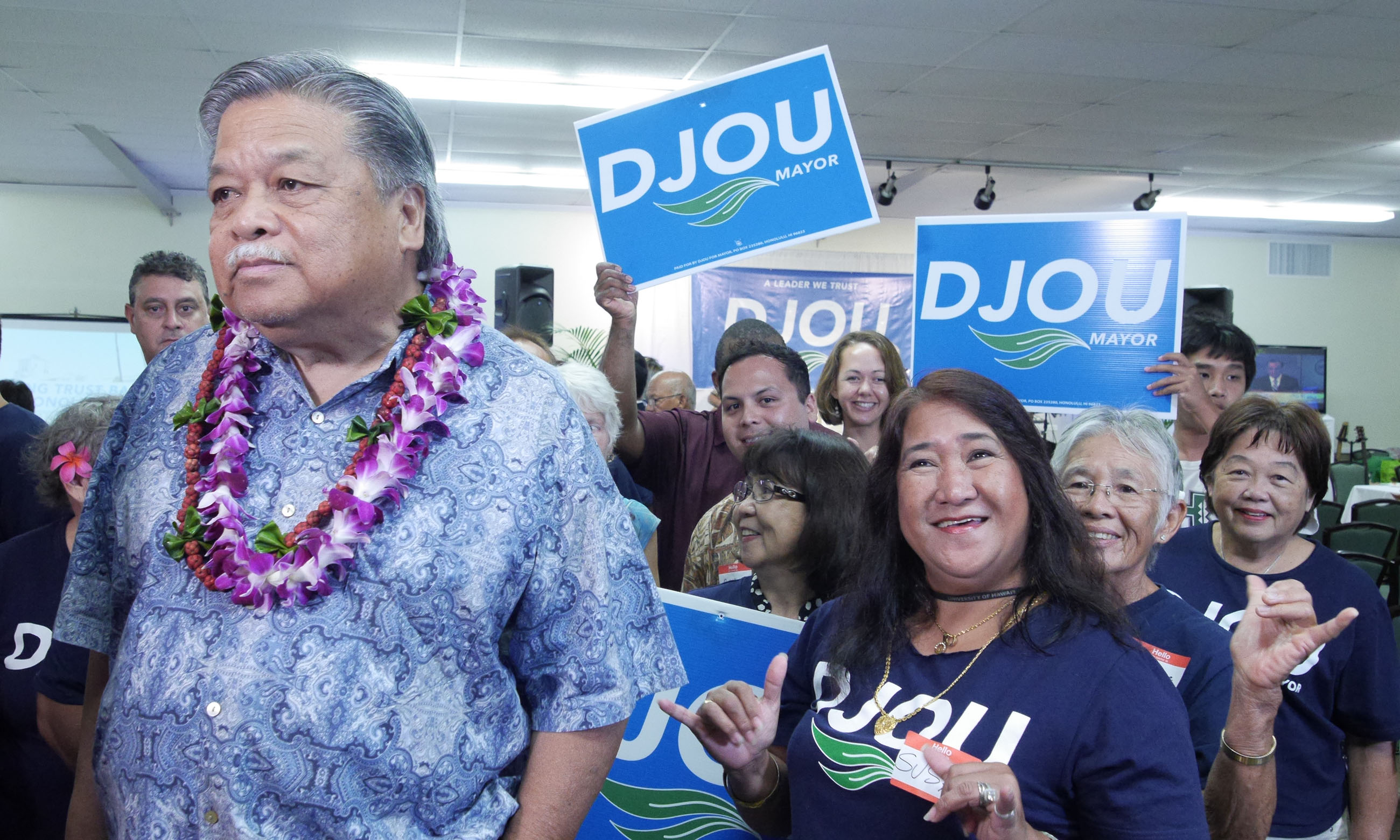 <p>Former Gov. Ben Cayetano joined other supporters of Charles Djou, some of whom were surprised their candidate wasn't pulling away after recent polls showed him with a significant lead in the mayor's race. (Ronen Zilberman/Civil Beat)</p>