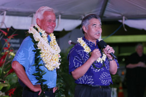 Lee Cataluna: Gov. Ige and Mayor Caldwell Are Two Unlikely Tough Guys