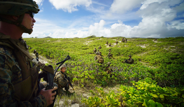 RIMPAC amphibious assault by US Marines. Provisional Marine Expeditionary Brigade-Hawaii (PMEB-HI) is made up primarily of III Marine Expeditionary Force units based in Hawaii. 30 july 2016