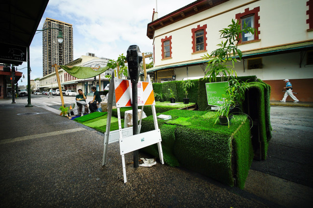 Worldwide PARKing Day Sept 16 'Mauka to Makai' by PBR Hawaii display located near the intersection of Hotel Street and Smith Street. 16 sept 2016