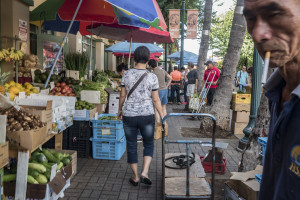The Street: Markets Spring To Life In Chinatown's Morning Ritual