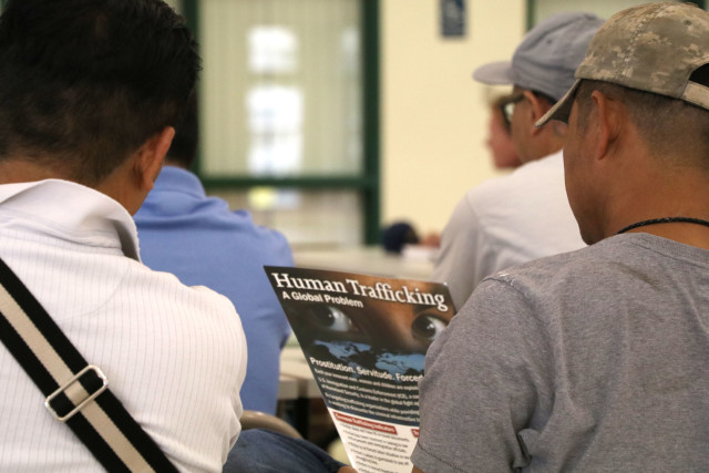 Hawaii longline boat owners heard from federal law enforcement officers about allegations of human trafficking.