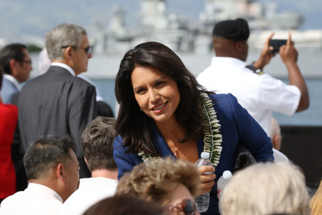 Congresswoman Tulsi Gabbard Pearl Harbor. 27 dec 2016