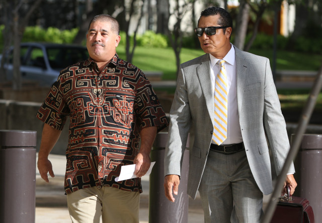 Attorney William Harrison walks into Federal Court with client Niall Silva before Silva's guilty conspiracy plea, he'll face up to 5 years in Federal prison and a $250,000 fine after plea deal. guilty Federal Court. 16 dec 2016