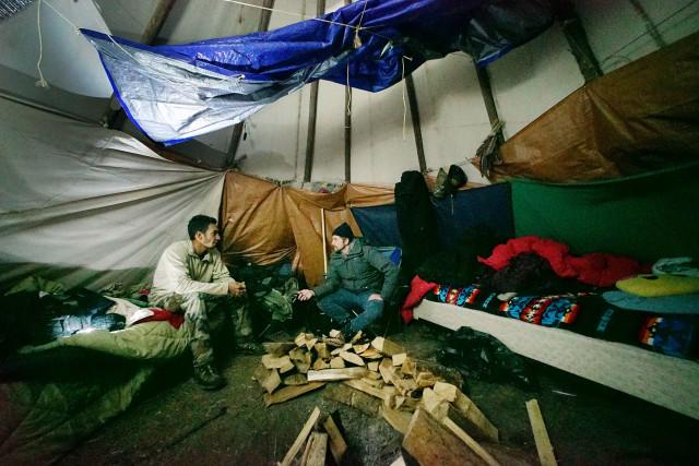 Standing Rock tipi. Leomana Turalde is interviewed by Nick Grube. 4 dec 2016