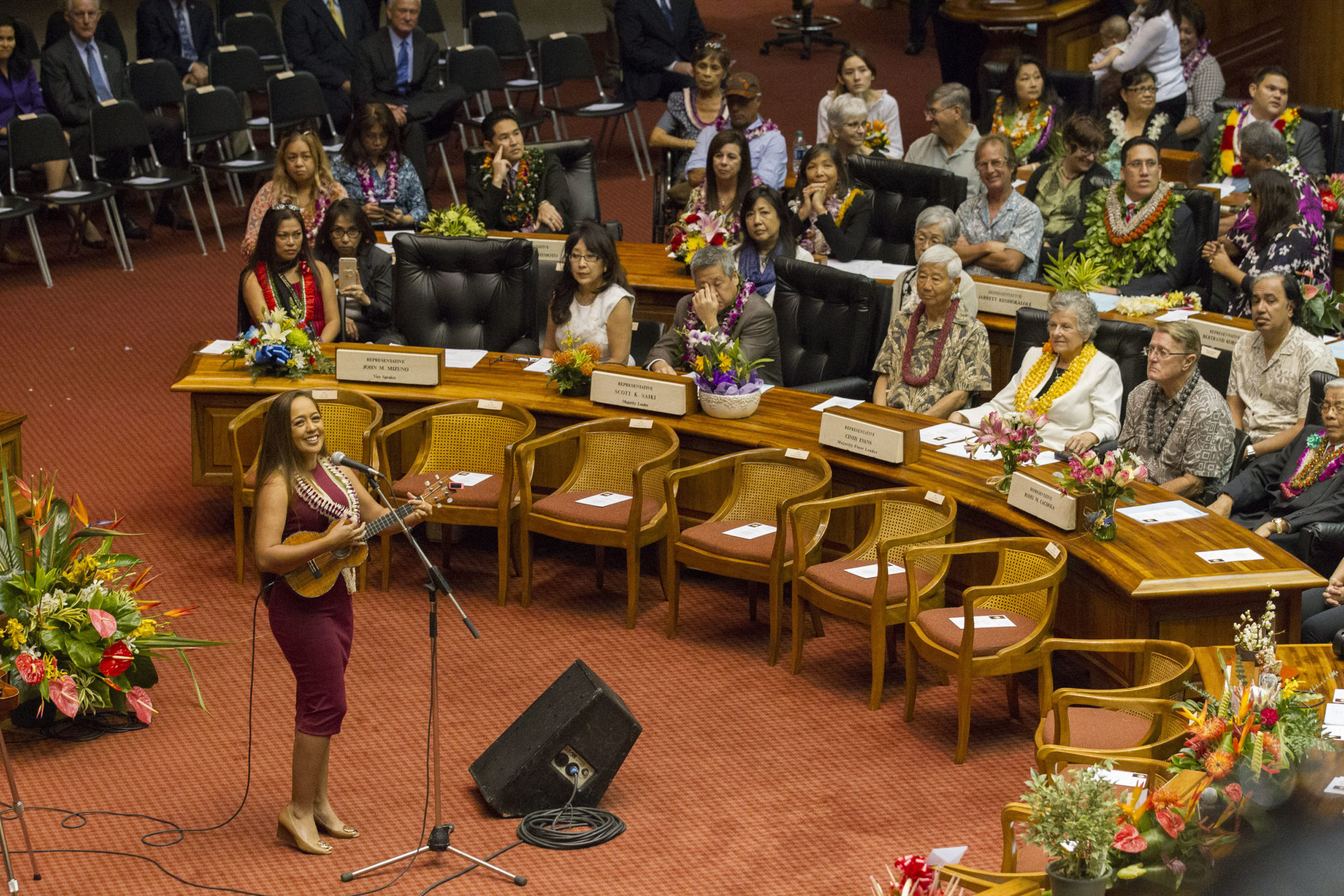 <p>Hawaii entertainer Raiatea Helm sings in the House chamber.</p>