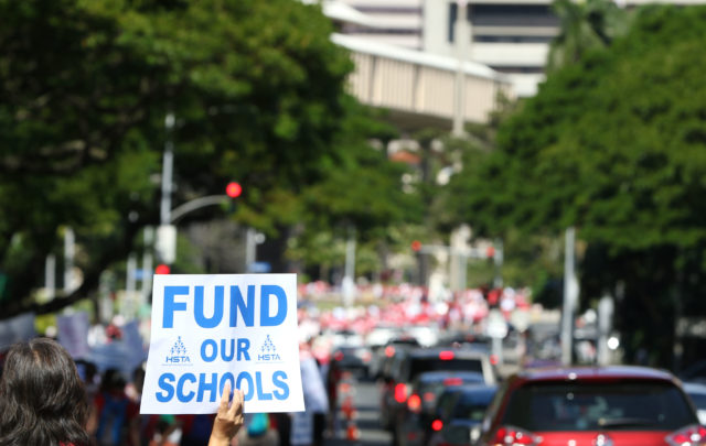 HSTA Teacher march to Hawaii State Capitol. Fund our Schools. 13 feb 2017
