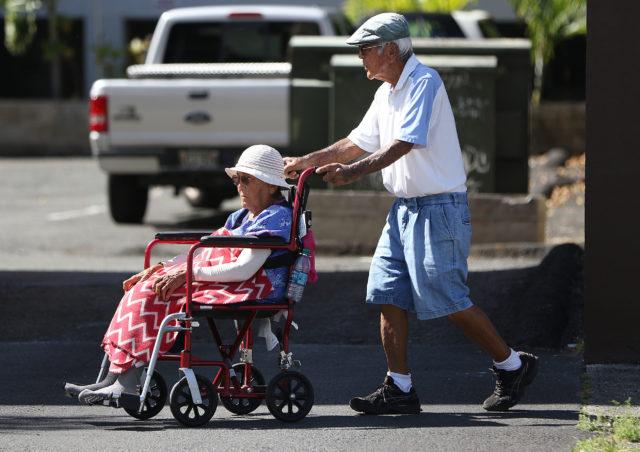 Elderly Wheelchair senior citizens. 6 mar 2017