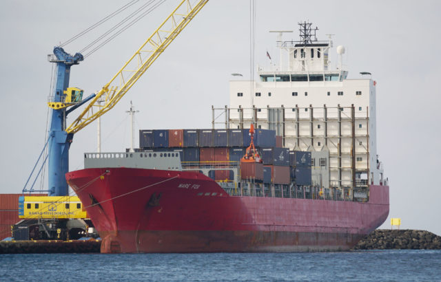 Pasha container shipping Mare Fox. 17 april 2017