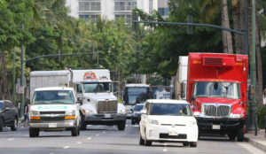 Honolulu May Allow Transportation Companies To Regulate Waikiki Streets