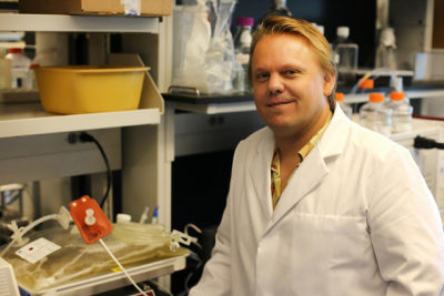 UH Research Team Developing COVID-19 Vaccine