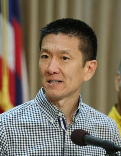 AG Doug Chin Gov Ige press conference on Saito escape.