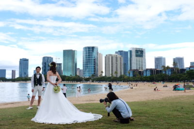 What's Up With All The Fake Brides On Hawaii Beaches?