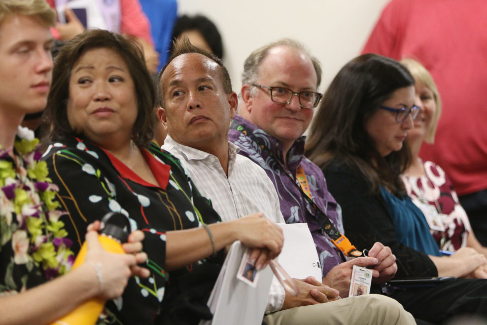 Hawaii Board of Education Approves Pay Boosts For Complex Area Leaders