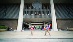 Civil Beat Poll: Hawaii Voters Seem Ready For A Constitutional Convention