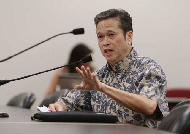 Mayor Caldwell Head of Honolulu Housing Office Marc Alexander during briefing on homeless solutions held at the Capitol.