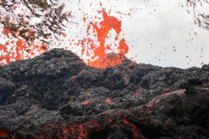 New Lava Fissures Spur More Big Island Evacuations