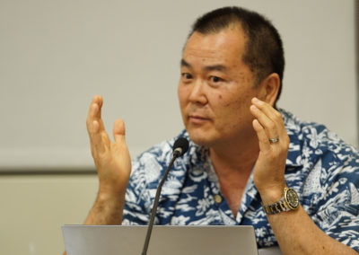 HART Board Member Terrence Lee questions the Mayor during meeting at Kapolei Hale.